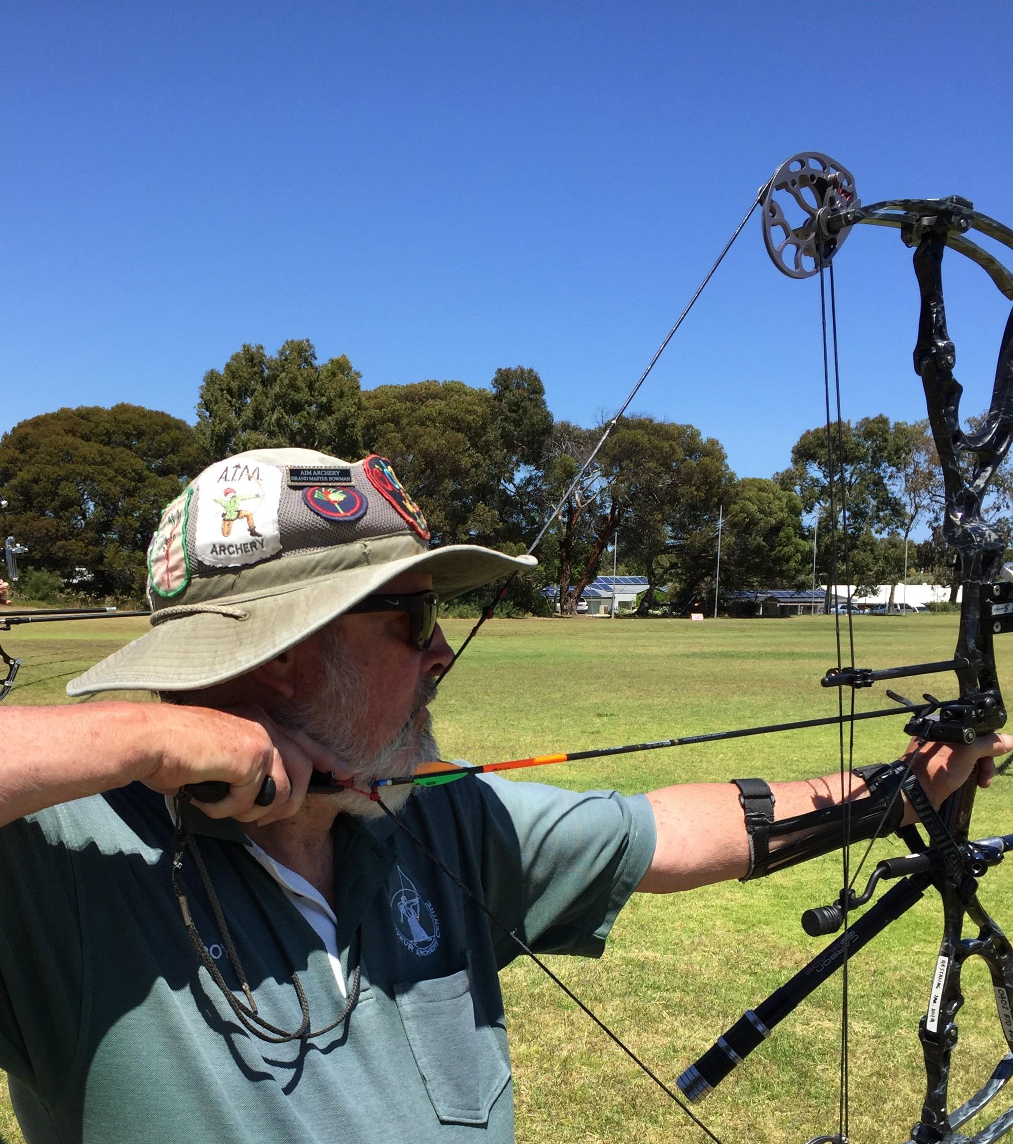 Compound archer